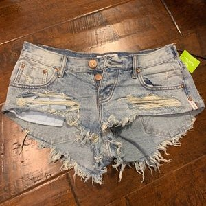 One teaspoon short denim shorts size 27 with tags